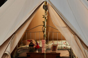 bell-tent-cwtch