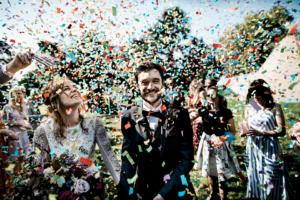 Confetti_Couple_Bespoke Barn Weddings TTWWR